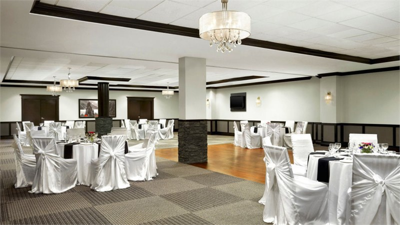 calgary-wedding-venues-fourpoints-calgary-west