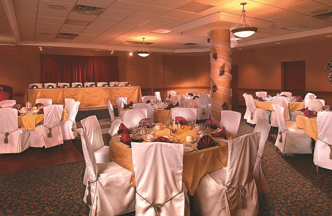 calgary-wedding-venues-fourpoints-calgary-airport