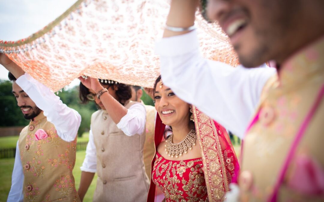 Summer wedding trends & ideas - Indian summer wedding party