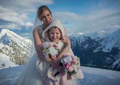 permanent botanicals kicking horse mountain wedding Leona Rob abarrett photography 5 24272